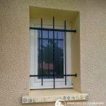 Fenêtre wc classique blanc