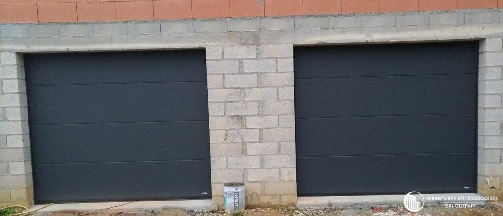 Installation de 2 portes de garage sectionnelles a cassette
