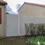 petite porte de jardin blanc intemporel