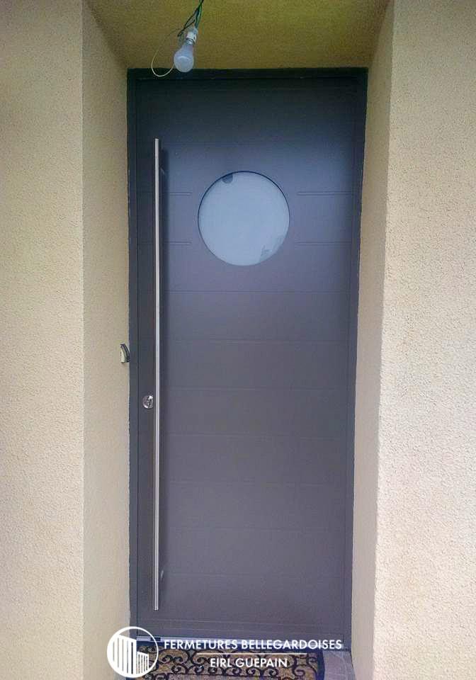 Poignée porte d'entrée baton de maréchal hublot
