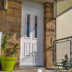 Porte blanche double vitrage traditionnelle sur mesure