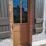 Porte en bois vitrée installation sur Albi