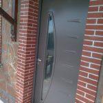 Porte d'entrée contemporaine installation sur Carmaux 81400