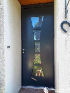 Porte d'entrée maison moderne vitrée